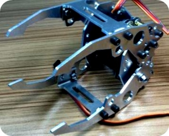 عملگر (منیپولیتور) با 4 پین مدل tk007